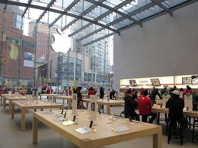 Apples-1-billion-manufacturing-fund-could-boost-the-production-of-more-electronic-gadgets-in-the-U.S.jpg