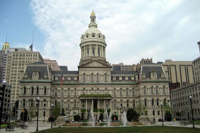 Baltimore-City-Hall.jpg