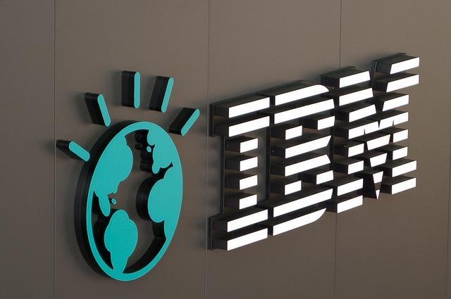 CeBIT-2011_IBM-Logo_Patrick.jpg