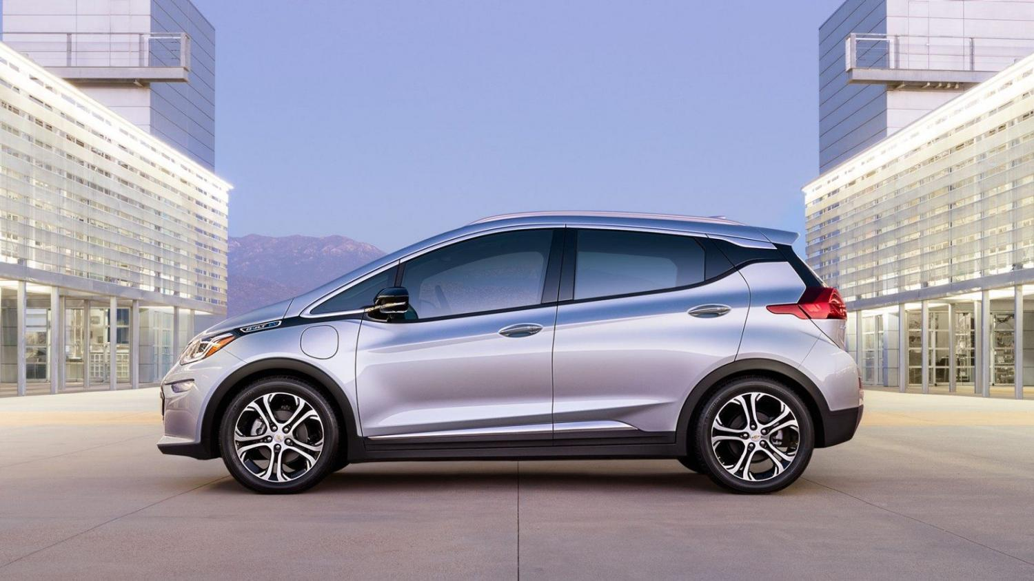 Chevy-Bolt-2016.jpg