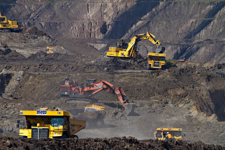Coal mining fossil fuels
