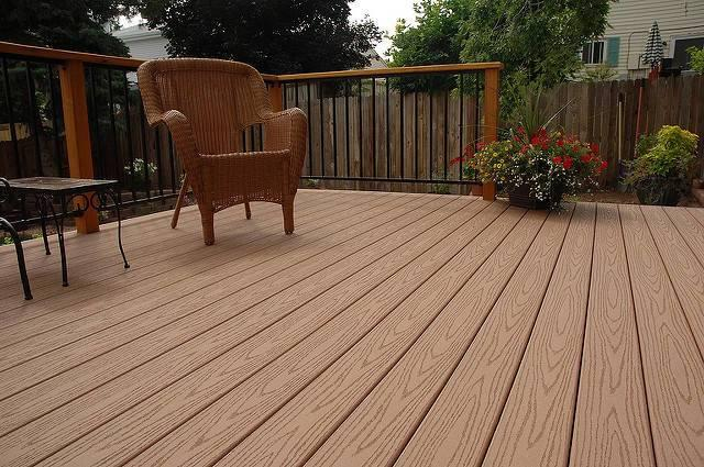 Composite-decking-is-popular-but-no-one-is-thinking-about-its-long-term-sustainability.jpg