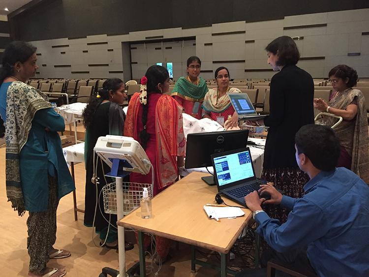 Dr.-Arundthathi-Jeyabalan-a-maternal-fetal-specialist-from-University-of-Pittsburgh-leads-a-simulation-training-at-a-medical-conference.jpg