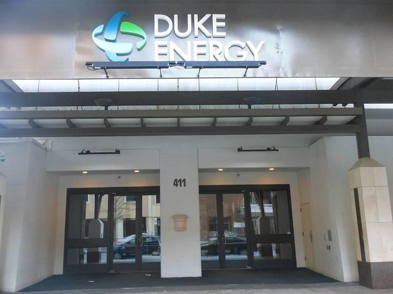 Duke_Energy_Office_Alexisrael.jpg