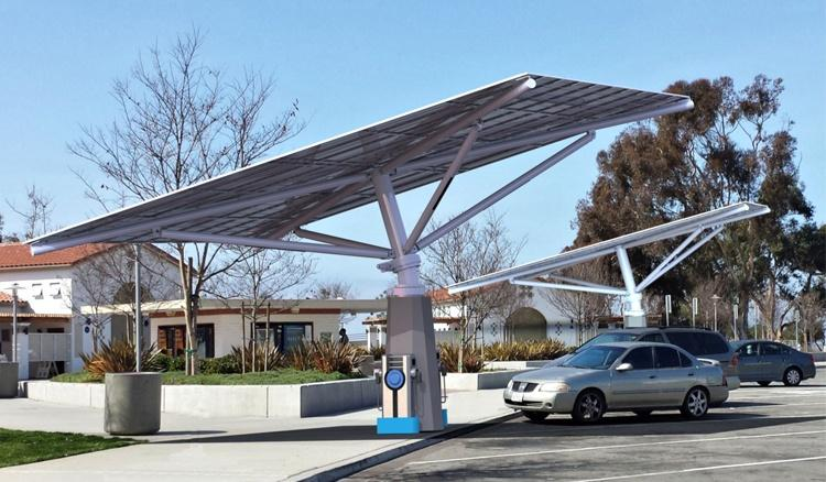 Envision-Solar-maker-of-the-solar-tree-is-hiring-veterans.jpg
