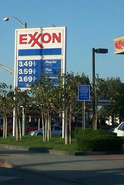 Exxon-Gas-Station_-T-N-Jones.jpg