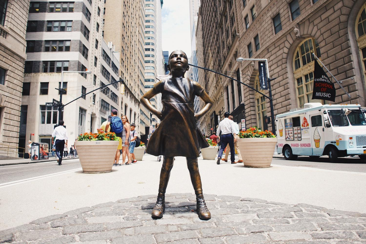 Fearless Girl statue - Goldman Sachs wants more women on boards