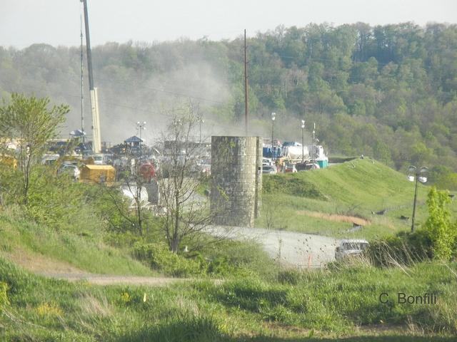 Fracking-a-well_WV-Frack.jpg