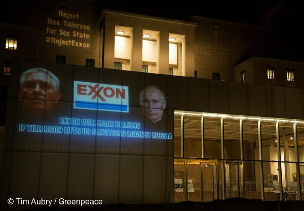 GP0STQFLW_Greenpeace_TimAubry.jpg