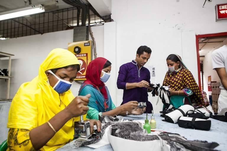 Garment-workers-Bangladesh.jpg