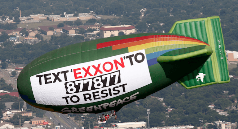Greenpeace-is-taking-aim-at-Exxon-from-the-air-above-Dallas.png