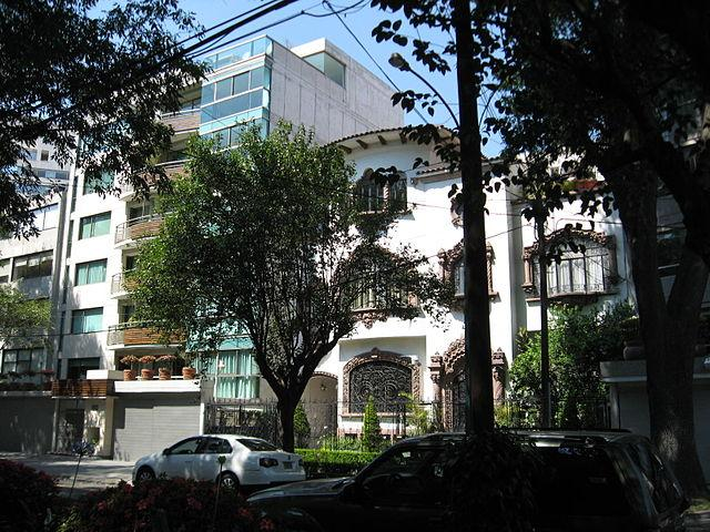 Homeowners-in-upper-middle-class-neighborhoods-such-as-Mexico-Citys-Polanco-could-benefit-from-Brights-program.jpg
