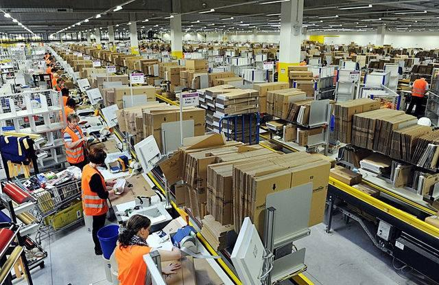 ILSR-says-Amazons-warehouses-are-transforming-retail-and-not-for-the-better.jpg