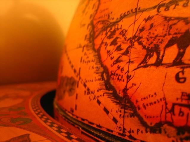 Kieran-Lynam-Globe-2.jpg