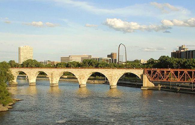 Minneapolis-clean-energy-clean-power.jpg