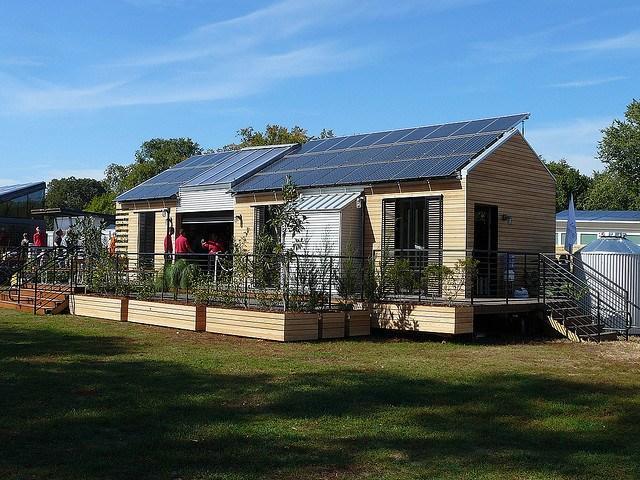 Minnesota_carbon_offset_solar_F_Delventhal.jpg