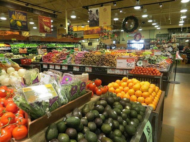 More-retailers-say-they-are-willing-to-take-on-food-waste.jpg