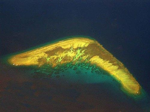 One-of-the-Spratly-Islands-where-there-is-more-than-meets-the-eye.jpg
