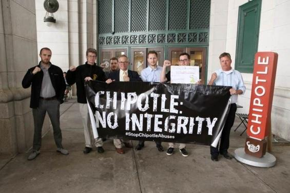 Organized-labor-wants-Chipotle-to-be-responsible-for-abuses-in-its-supply-chain.jpg