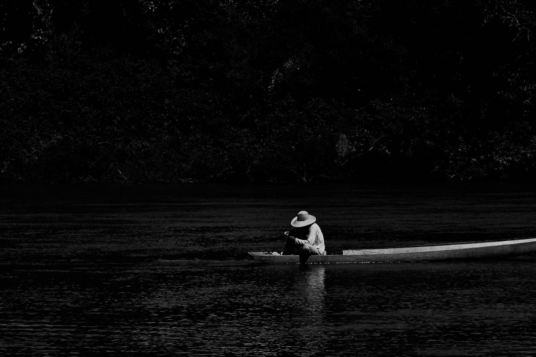 Pescador-by-Paulisson-Miura.jpg