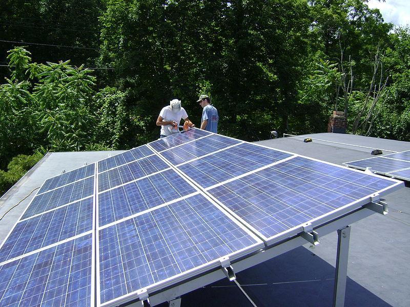 Rooftop_solar_Lucas_Braun.jpg