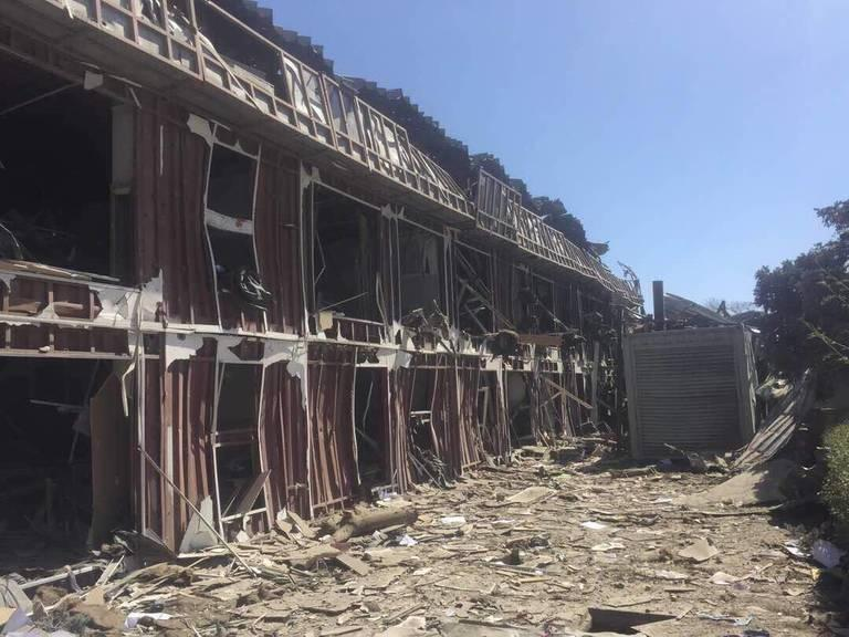 Roshans-corporate-offices-in-Kabul-after-last-weeks-blast.jpg