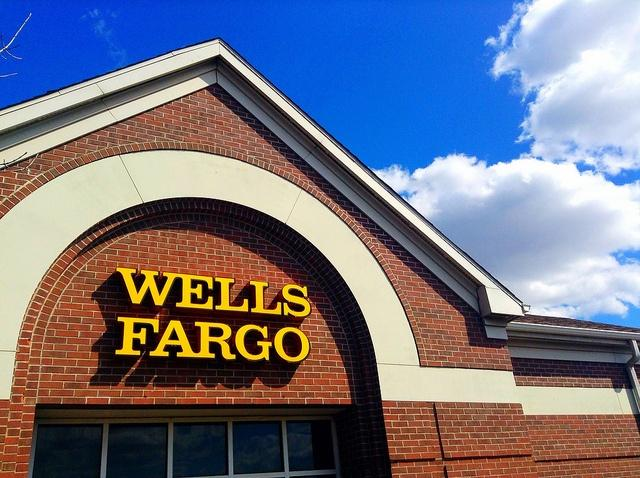Skies-above-Wells-Fargo-are-increasingly-cloudy.jpg