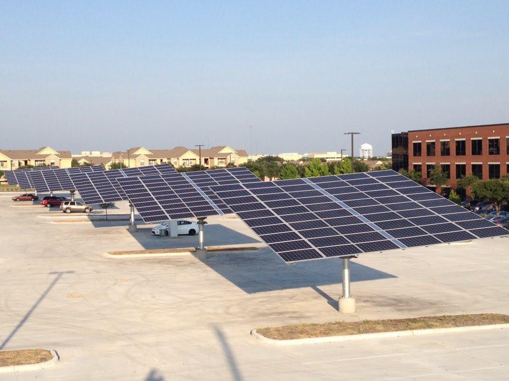 Solar-trees-at-Kohls-offices-in-Dallas.jpg