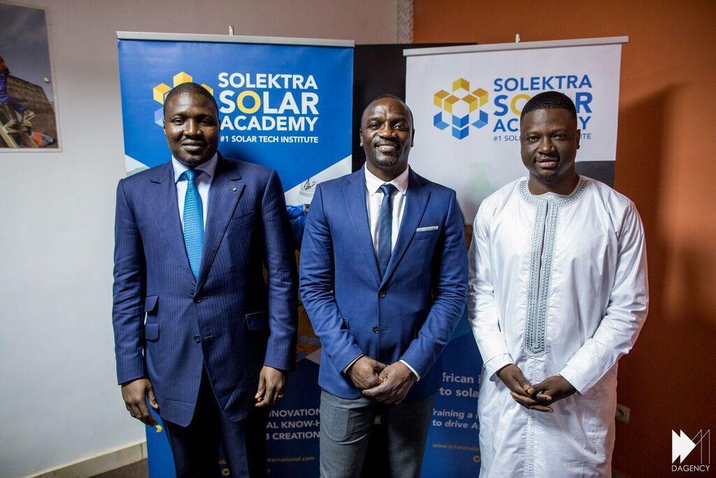 Solektra-Cofounders-at-Solar-Academy.jpg