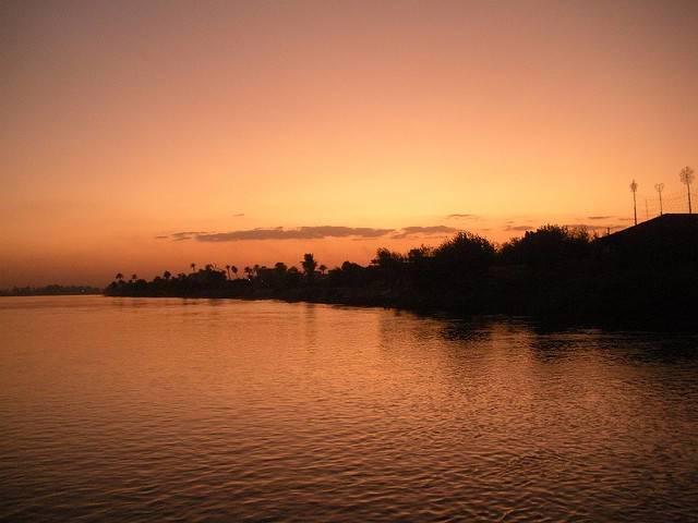 Sunset-along-the-Nile-River-Beni-Suef-Egypt.jpg