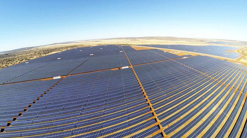 The-Jasper-solar-power-plant-in-northern-South-Africa-is-now-the-the-continents-largest.jpg