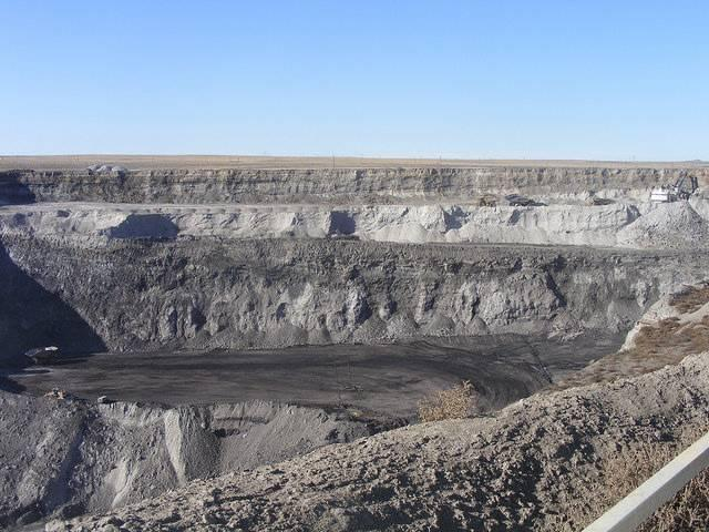 The-Powder-River-Basin-in-Wyoming-is-now-the-coal-industrys-focal-point.jpg