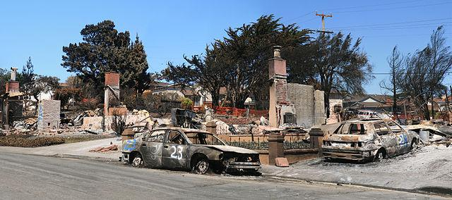 The-devastation-after-the-2010-San-Bruno-explosion.jpg