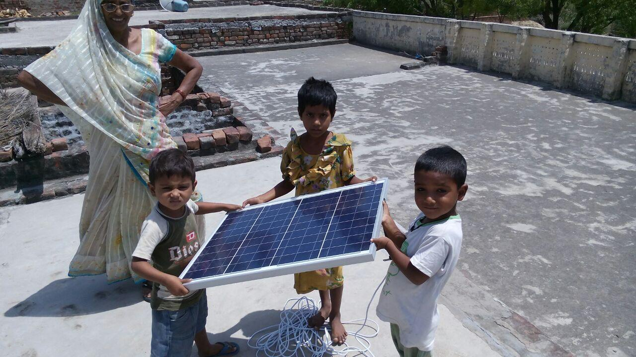 USAID-hopes-solar-can-scale-throughout-India.jpg