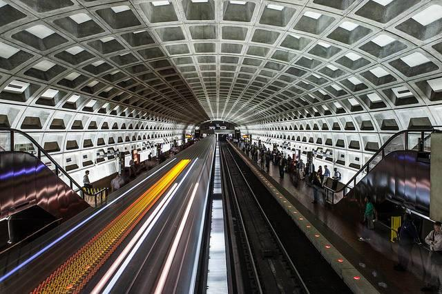 Washington-DC-is-one-city-that-keeps-cutting-public-transport-services.jpg
