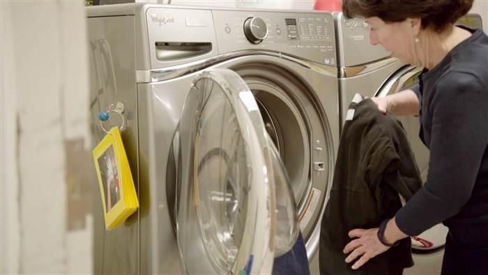 Whirlpool-has-found-a-link-between-absenteesim-and-the-lack-of-clean-clothes.jpg