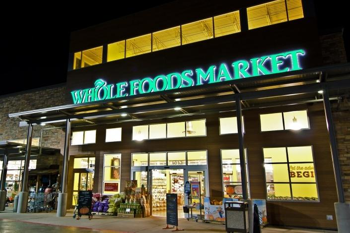 Whole-Foods-has-committed-to-as-many-as-100-new-rooftop-solar-installations.jpg