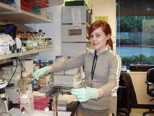Woman_of_Science.jpg