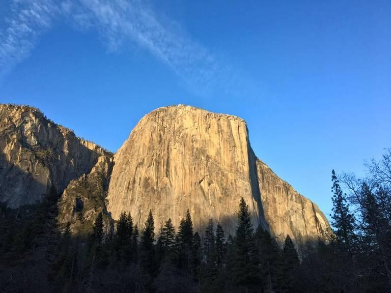 Yosemite-National-Park-at-sundown-January-2018.jpg
