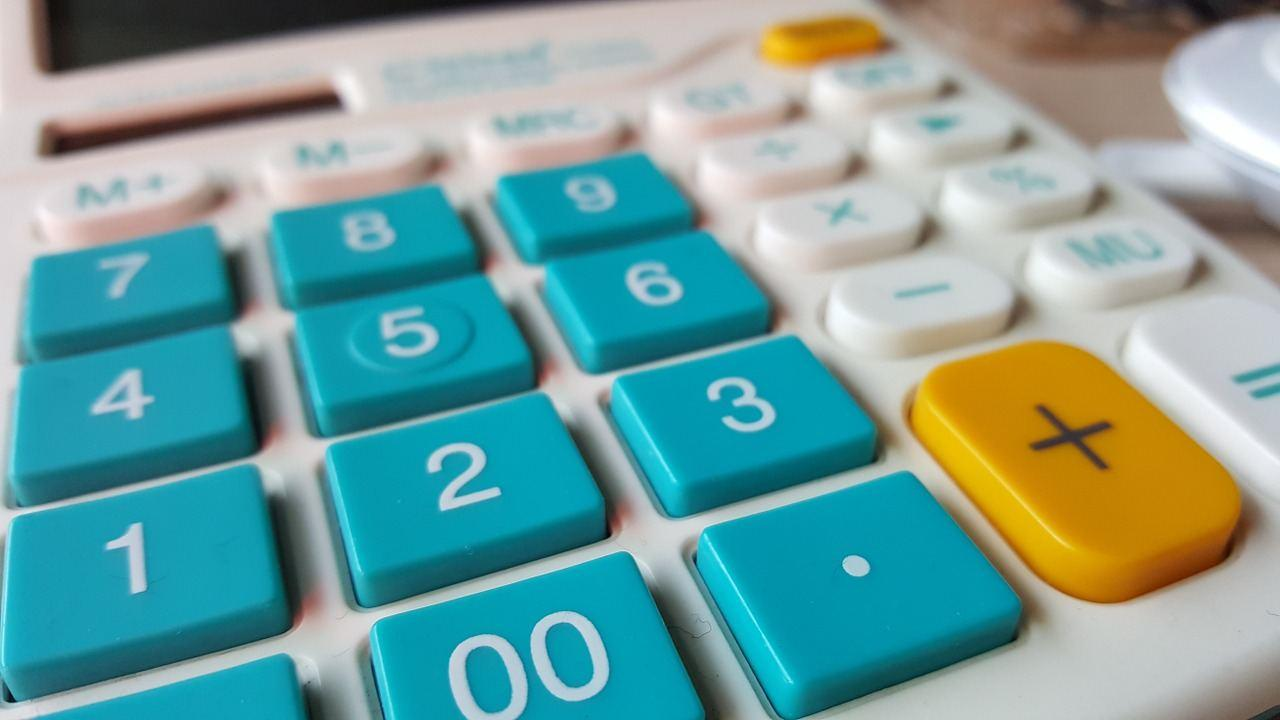 calculator-1163491_1280.jpg