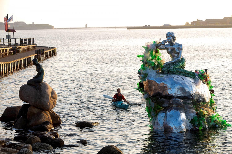 carlsberg-little-mermaid-1.jpg