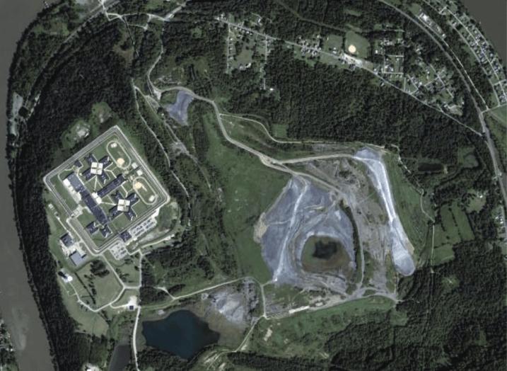 coal-ash-dump-La-Belle-Fayette-1.png