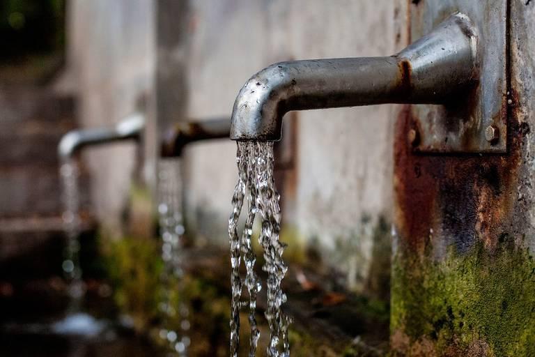 faucet-1684902_1280.jpg