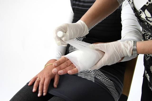 first-aid-1882053_640.jpg
