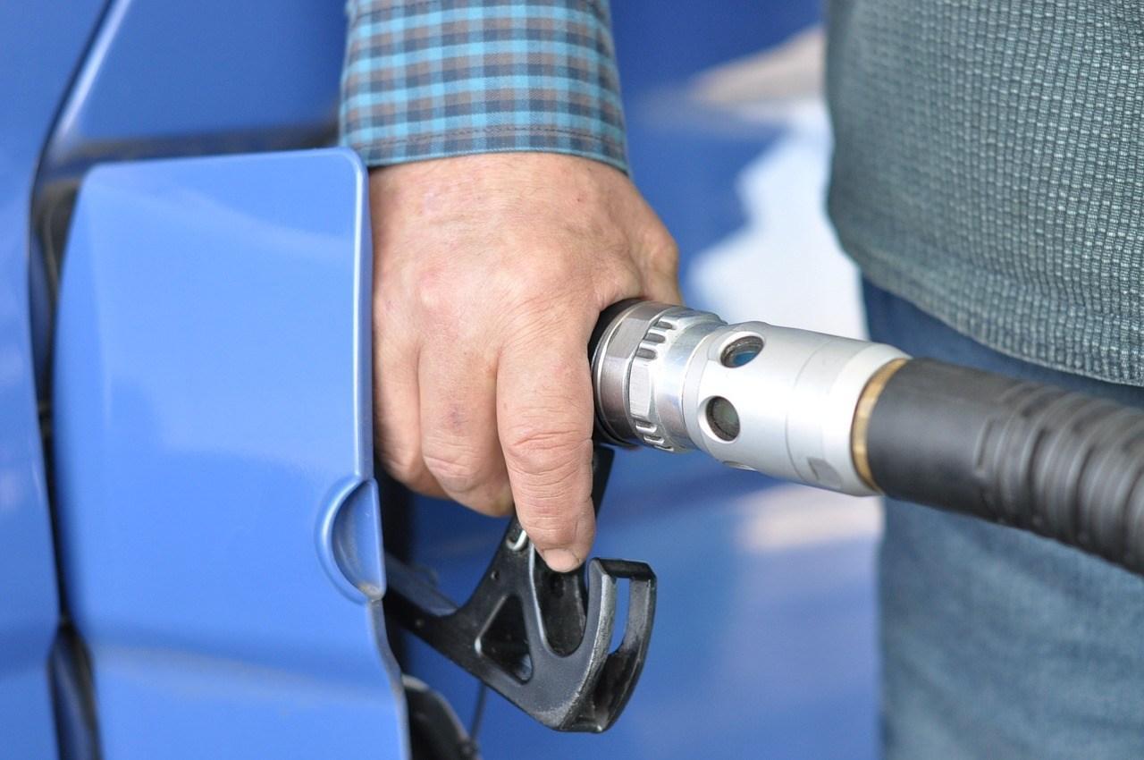 gas-station-727162_1280.jpg