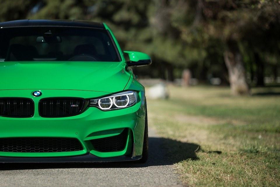 green_car.jpg