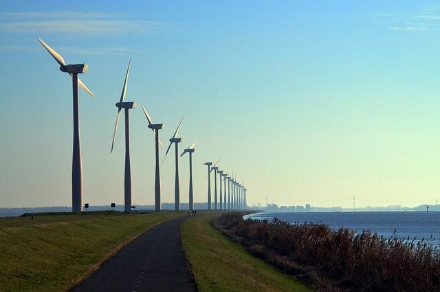 green_energy_windmills_florisOosterveld.jpg
