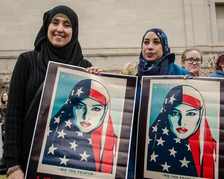muslims-2590609_1920.jpg