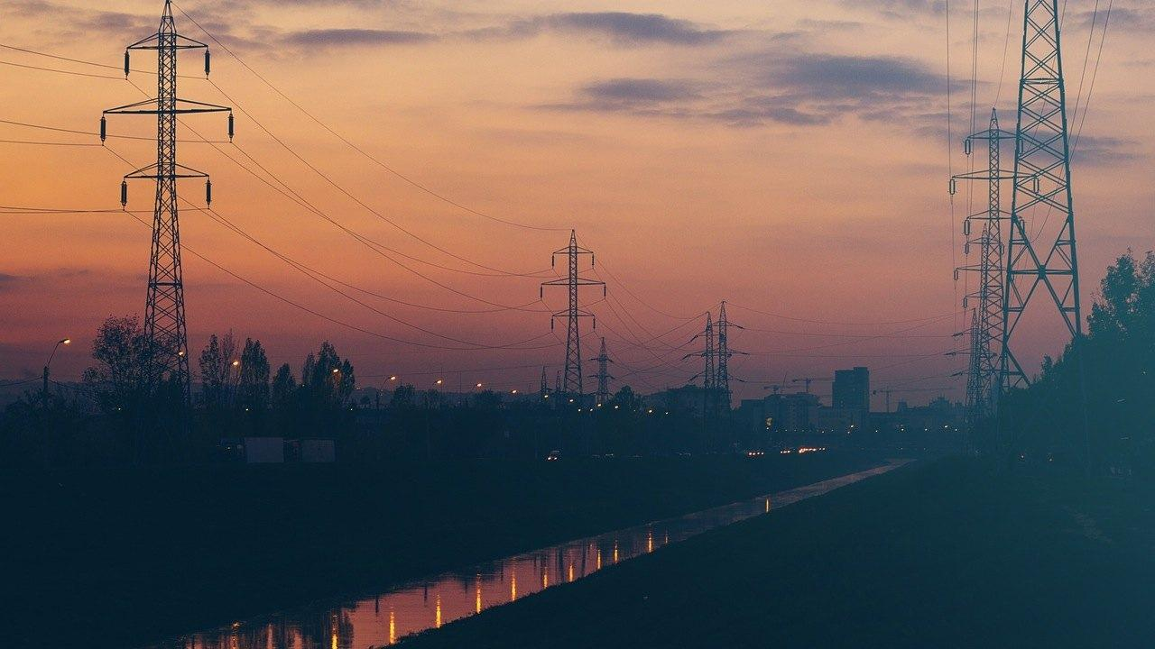night-sky-sunset-power-lines.jpg