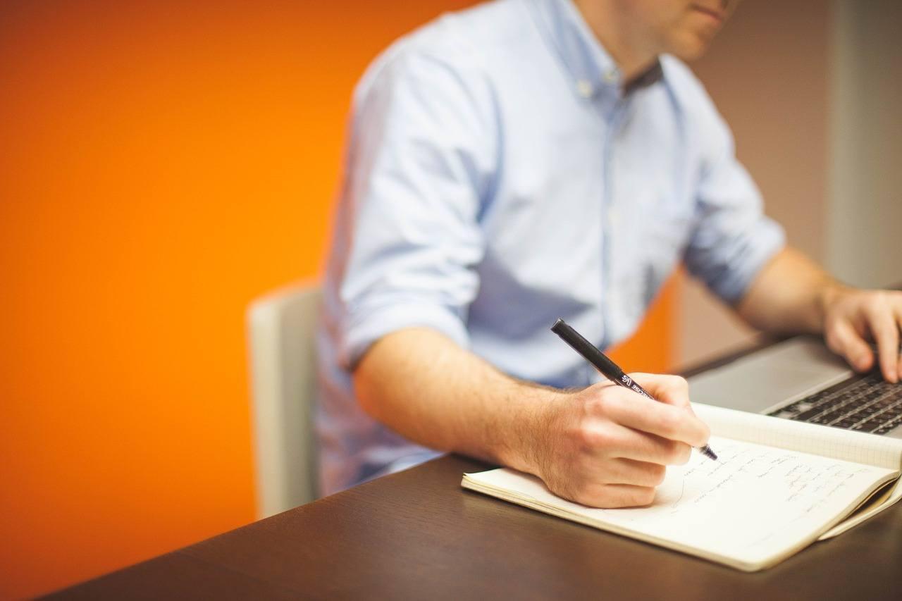 office-594132_1280.jpg